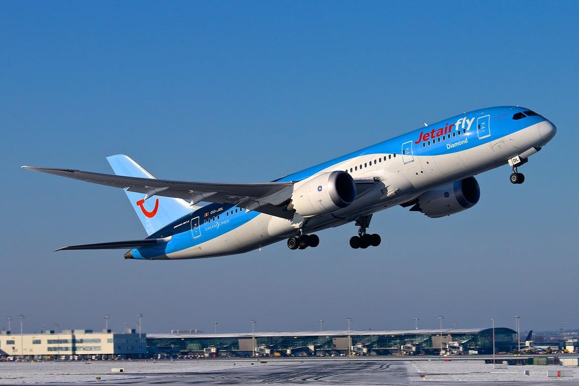 Vliegen-van-Brussel-naar-Corsica-Jet-Air